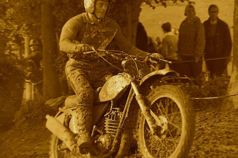 Vic Eastwood 003